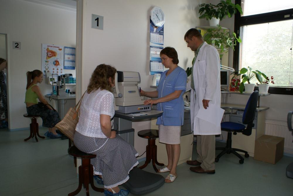 Девушка на медицинском осмотре, частное фото интим жен