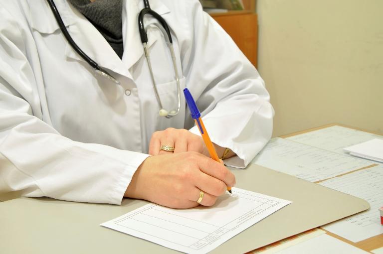 Входят ли больничные в расчет отпускных: законодательная база