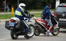 Нужны ли права на скутер до 50 кубов — основные нюансы